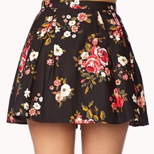 Forever 21 floral pleated skirt